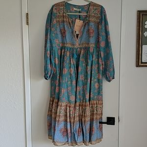 Spell and the gypsy collective love story Blue M
